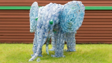recycled bottle-elephant